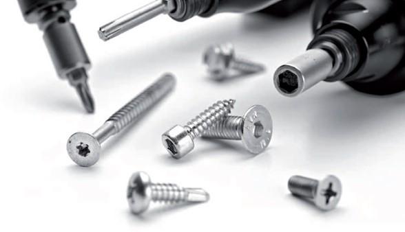 Procesos de atornillado para ensamble industrial: conceptos básicos en tornillos, uniones y dinámica. (Parte 1)