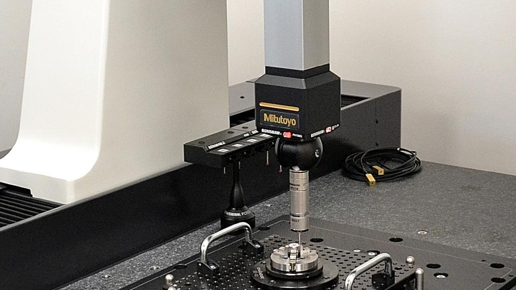 Máquina de medición por coordenadas (CMM) Mitutoyo en México;  y cómo operarla adecuadamente.
